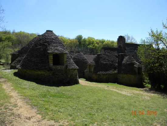 Les cabanes du breuil picture of les cabanes du breuil saint andre d 39 a - Les cabanes du trappeur ...