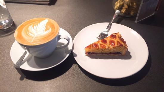 Coffee Cake And Kisses Bild Von Coffee Cake Kisses London