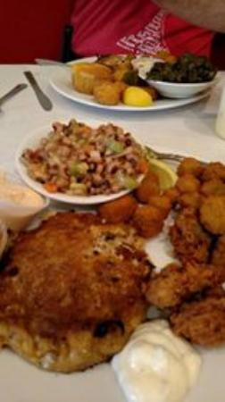 Harvest Moon Low Country Grill: My seafood platter
