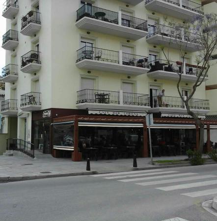 Restaurante lorena cafe restaurante en fuengirola con - Cocinas fuengirola ...