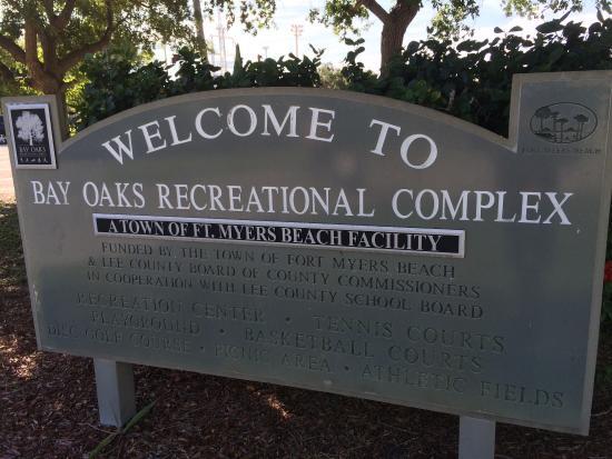 Bay Oaks Recreation Center