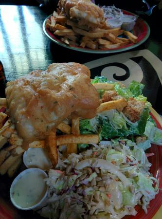Port Alberni, Canada: Bare Bones Fish and Chips