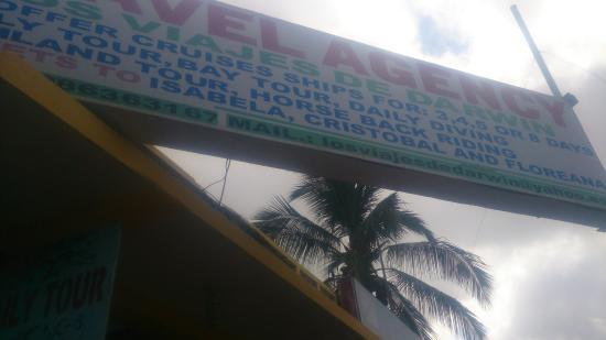 Puerto Villamil, Ecuador: NO COMPRARA TOUR NI PASAJES A LAS ISLAS EN ESTA AGENCIA