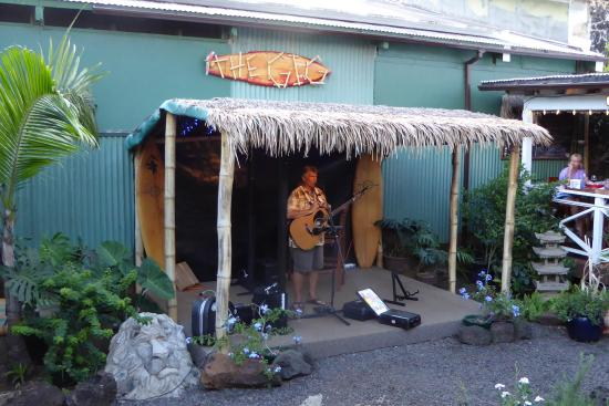 live music at the garden island grille - The Garden Island