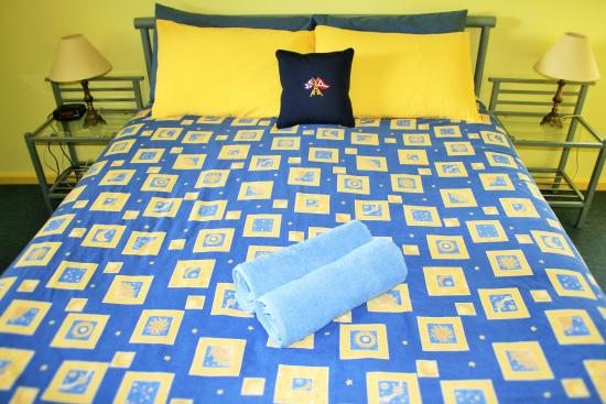 Baudin Beach, Australia: Apt 1 main bedroom