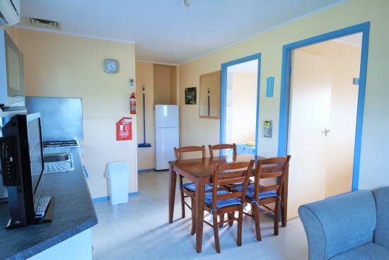 Baudin Beach, Australia: Apt 3 kitchen