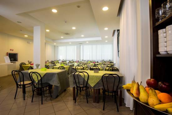 Hotel Scarlet: Sala da pranzo