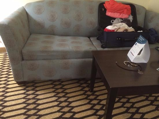 Comfort Suites: Sofa in King Suite