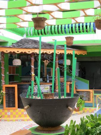 Delice Restaurant and Bar: decoration closeup
