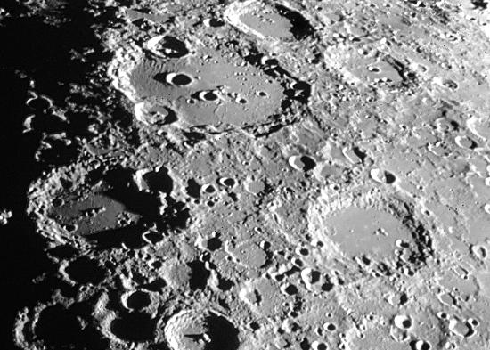 View the moon up close picture of kingaroy observatory - Moon close up ...