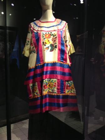 Museo Frida Kahlo Exposiciovestidos
