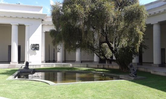 jardines internos museo de bellas artes - picture of museo de bellas artes  caracas