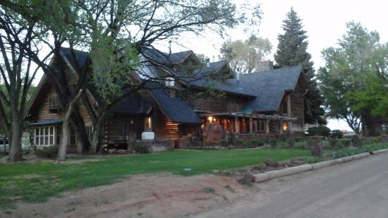 Teasdale, UT: Lodge at Red River