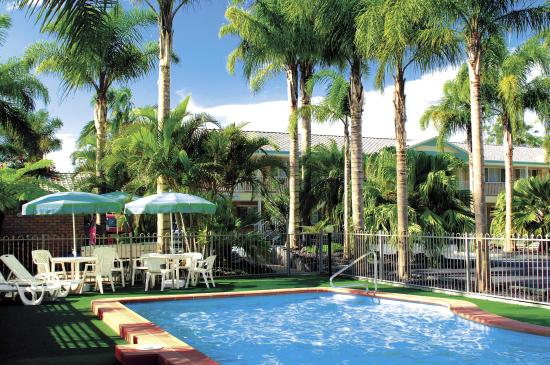 Forster Palms Motel: Relaxing Pool Area