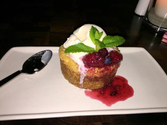 San Clemente, كاليفورنيا: Warm butter cake