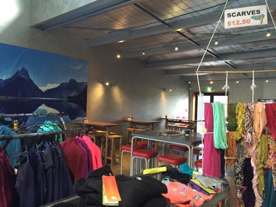 Alpine Centre Cafe & Bar: photo4.jpg