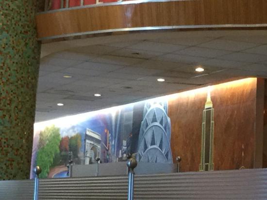 Murray's Deli: New York landmarks on wall
