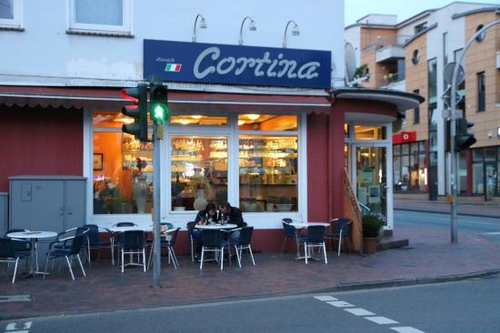Cortina Eiscafe