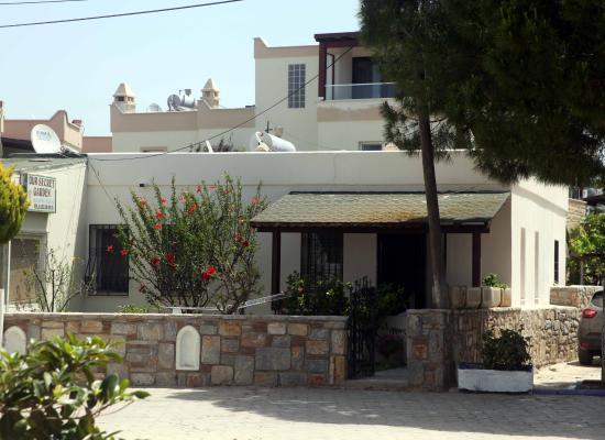 Panormus Apart Hotel