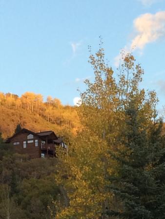 Ski Inn Condominiums: The fall is here