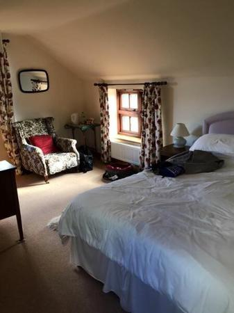 Wiveliscombe, UK: Tea and cake then shown to the gorgeous room!