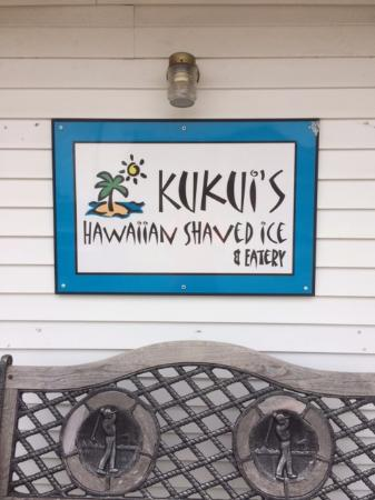 Kukui's Hawaiian Shaved Iced : Kukui's in town of Shipshewana, IN