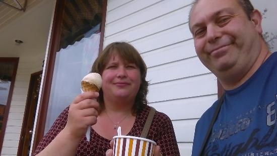 MacKay's Cochrane Ice Cream Ltd: IMAG0991_large.jpg
