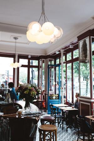 La Fontaine De Belleville Paris  Canal SaintMartin  Restaurant