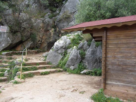 Cueva de la Pileta: cave painting 2 - Picture of Pileta Caves (Cueva de la Pi...