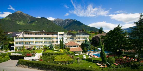 hotel hirzer dorf tirol