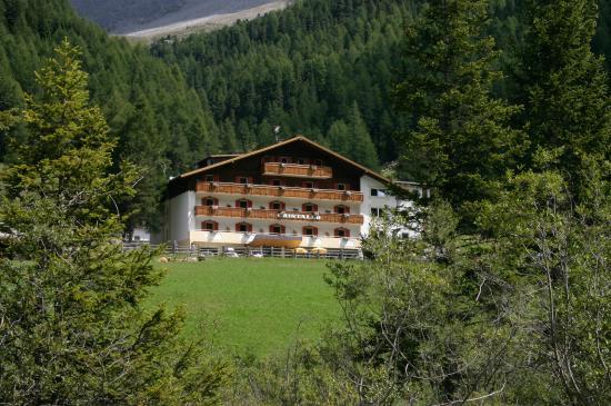 Photo of Hotel Cristallo Solda
