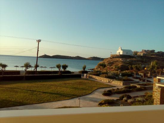 The Porto Kea Suites Hotel: Vista dal balcone