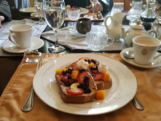 Ascendence Harbourside Mansion Bed & Breakfast Halifax: 20160603_095335_large.jpg