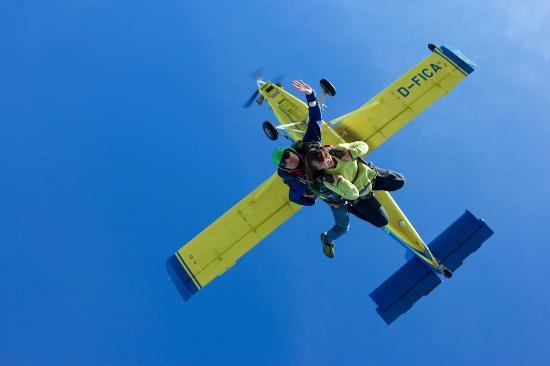Evasion Parachutisme