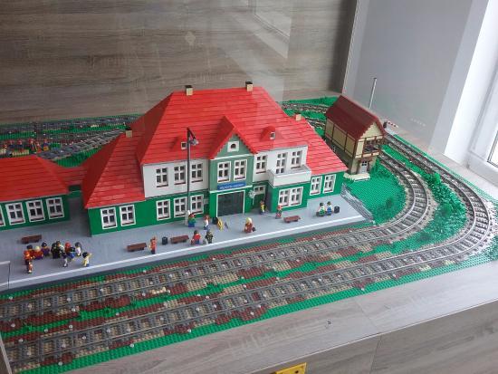 Swarzewo, Poland: Dworzec x klocków lego