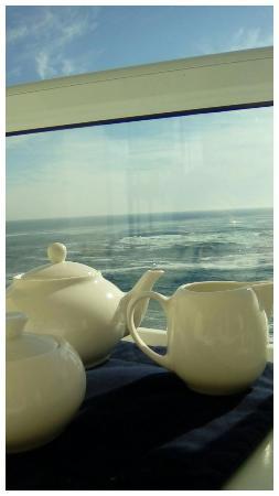 Bantry Bay International Vacation Resort: IMG_20160603_100419_033_large.jpg