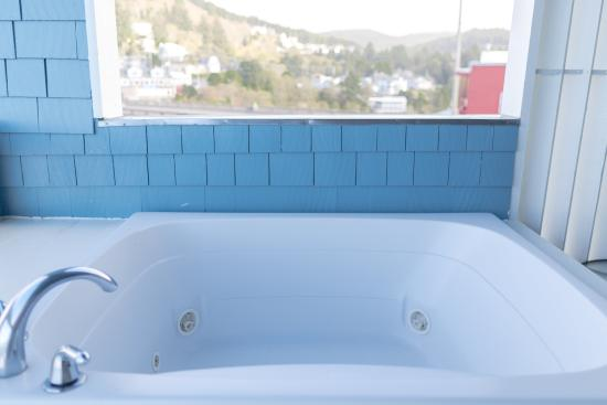 Depoe Bay, Όρεγκον: Private Whirlpool Tub