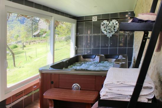 la roche bleue b b saint bois france voir les tarifs 35 avis et 28 photos. Black Bedroom Furniture Sets. Home Design Ideas