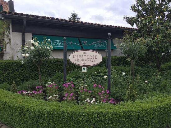 Domaine De Chateauvieux: photo1.jpg