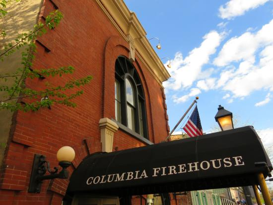 Columbia Firehouse : Entrance