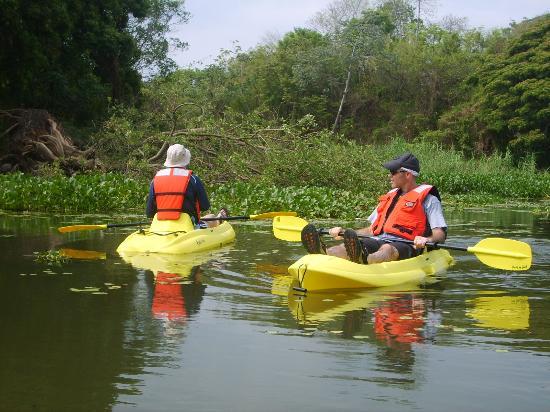 Granada, Nicarágua: Kayaking in lake Nicaragua