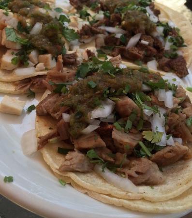 Big Bear City, Californien: Trio of soft tacos