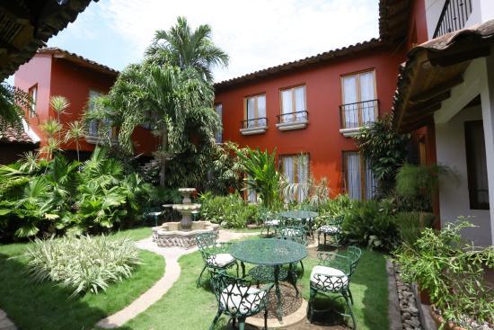 Hotel Estrada: Le patio