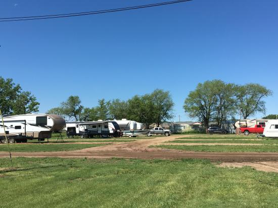 Lake Andes, SD: Backyard RV Campground