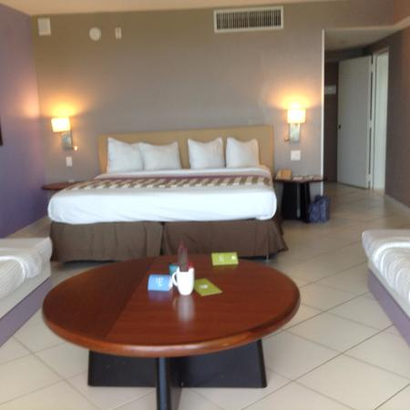 Port Saint Lucie, Floryda: There are also two single beds on each side.