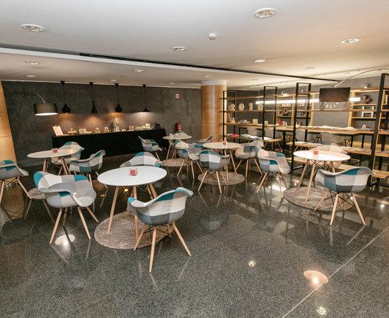 Lobby at the Golden Tulip Andorra Fenix Hotel
