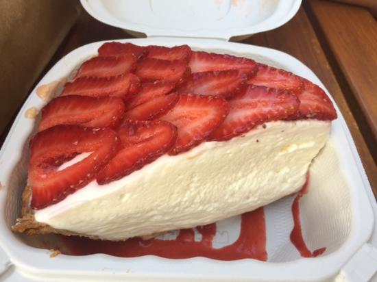 Dessert! Strawberry cream pie! - Picture of Monkeypod ...