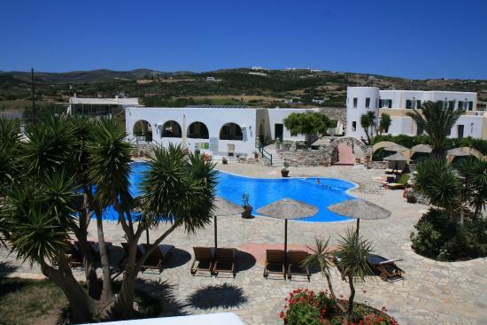 Asteras Paradise: piscine vue de notre chambre