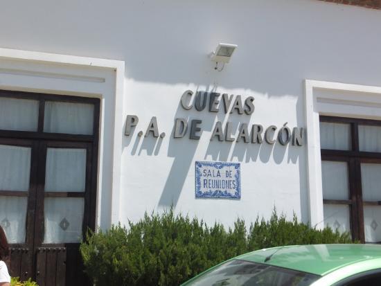 Cuevas Pedro Antonio de Alarcon: Insegna