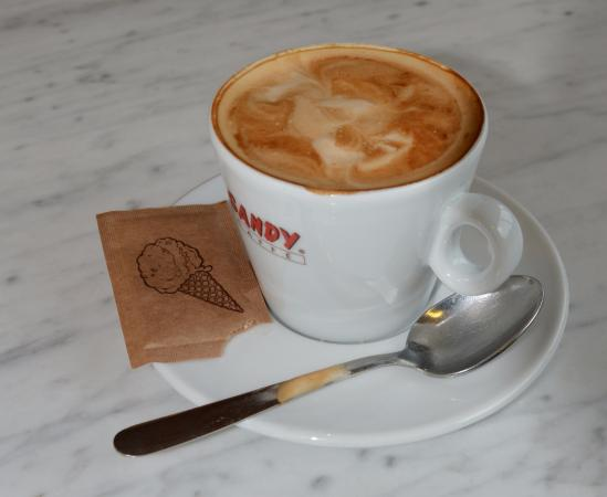 Bar sandy radda in chianti: Cappuccino that could have used more cream to make it lighter